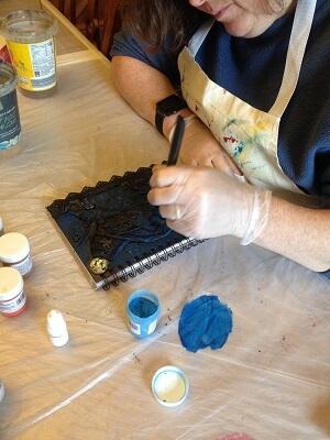 Journal Workshop: choosing super Powertex pigments to bring designs to life.